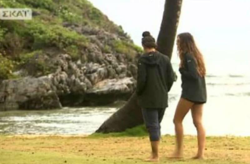 "Survivor 2: Ουπς! Η συγγνώμη (;) της Ροδάνθης και η απάντηση της Μελίνας! - "" εμείς τρέχαμε και εκείνη έψαχνε λουλουδάκια να βάλει στα μαλλιά της!"" (video)"