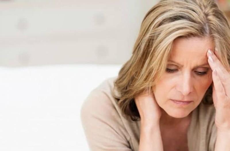 Έχεις πρόωρη εμμηνόπαυση; Δες τι κινδύνους μπορεί να έχει για την υγεία σου!