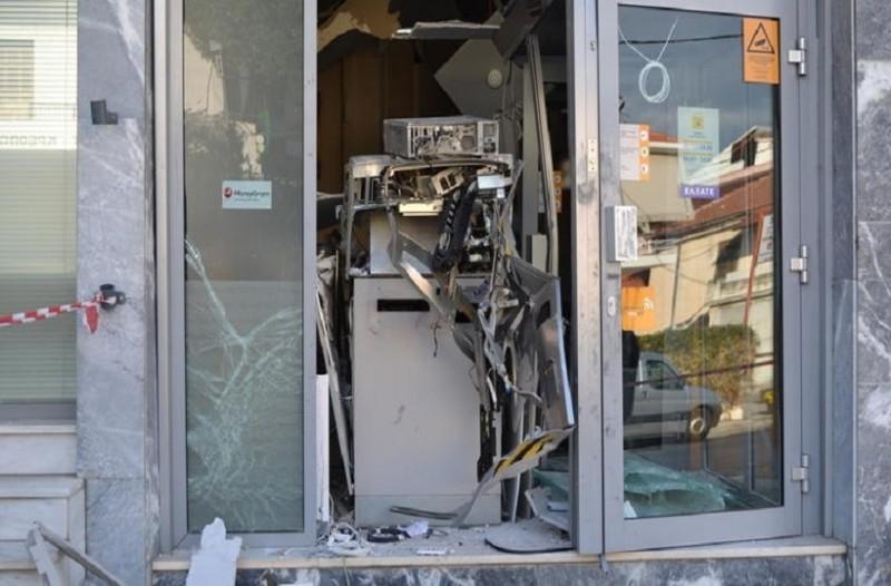 Η σπείρα των ATM ξαναχτύπησε: Άρπαξαν 57.000 ευρώ στην Ερέτρια