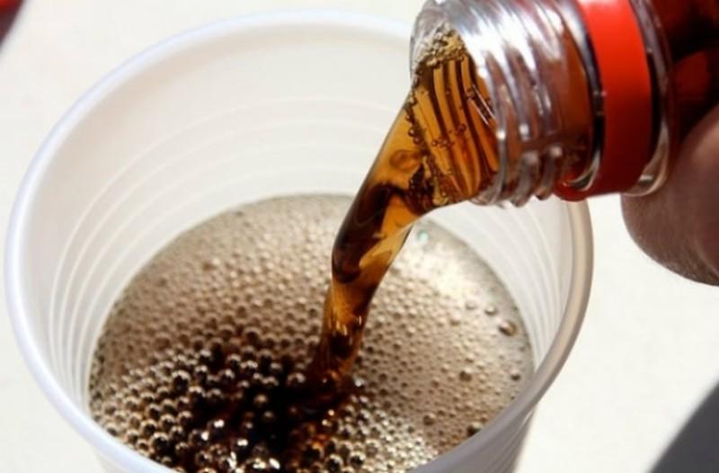 Τι είναι το ανθρακικό & πως το βάζουνε μέσα στα αναψυκτικά;