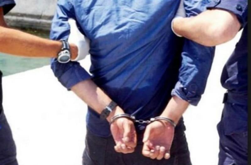 Ένας κλέφτης... σκέτος βλάκας! - Ειδήσεις - Athens magazine ddd4171cff1