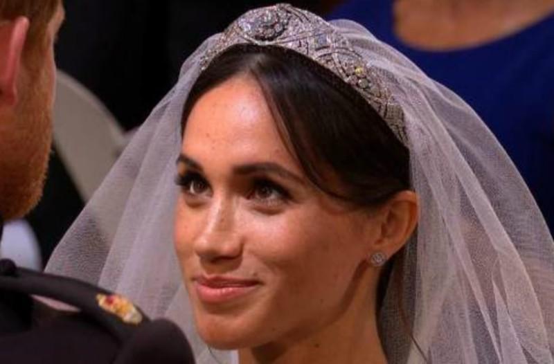 e32468bb65 Η απίστευτη τιάρα της πριγκίπισσας Μέρι που φόρεσε η Μέγκαν Μαρκλ! Είχε να  φορεθεί 53