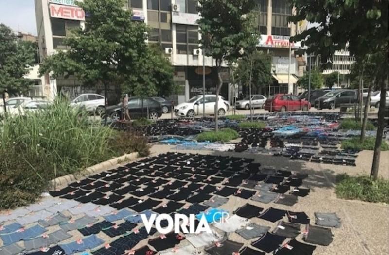 Θεσσαλονίκη: Εκατοντάδες μποξεράκια στεγνώνουν στον δρόμο (photos)