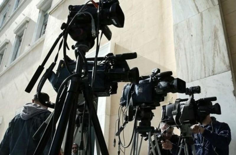 Αποφάσισε το ΕΣΡ για τις τηλεοπτικές άδειες: Δείτε ποια κανάλια έμειναν εκτός!