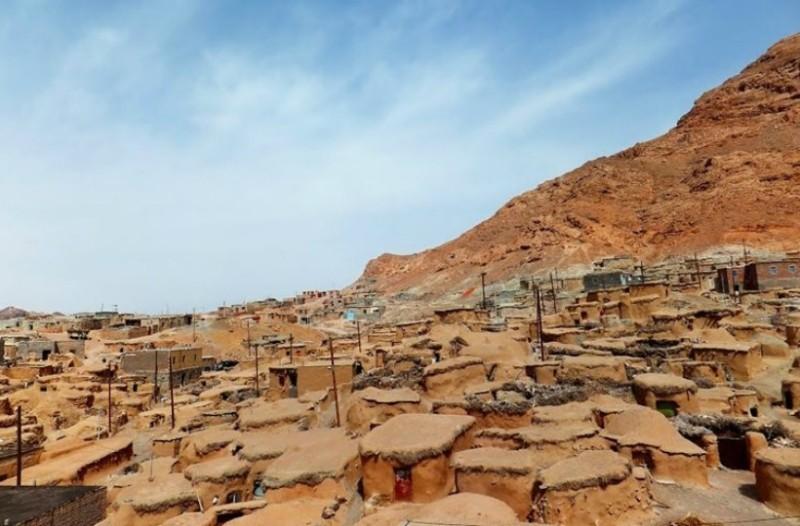 Που βρίσκεται το χωριό με νάνους που δεν ξεπερνούν το ένα μέτρο; Κι' όμως υπάρχει… (photos)