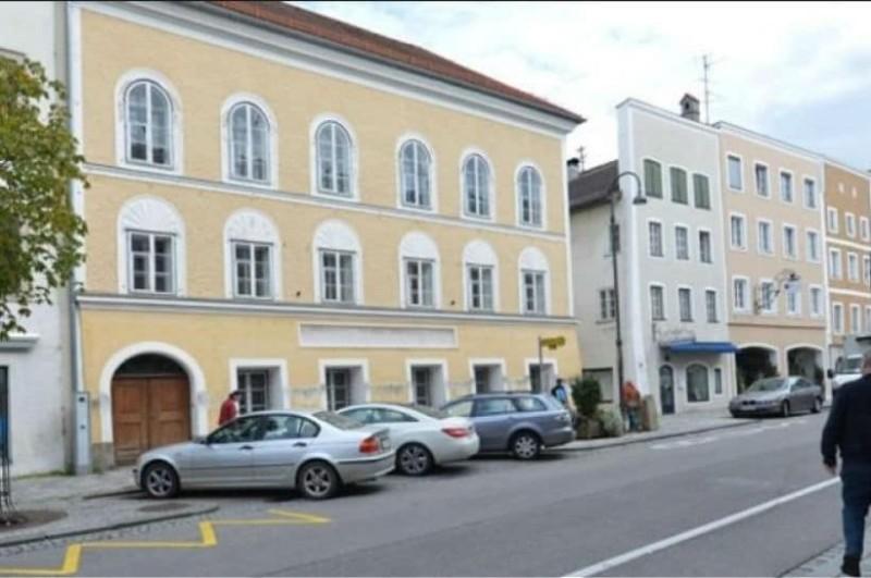 Η ιδιοκτήτρια της κατοικίας του Αδόλφου Χίτλερ αξιώνει μεγαλύτερη αποζημίωση για την απαλλοτρίωση