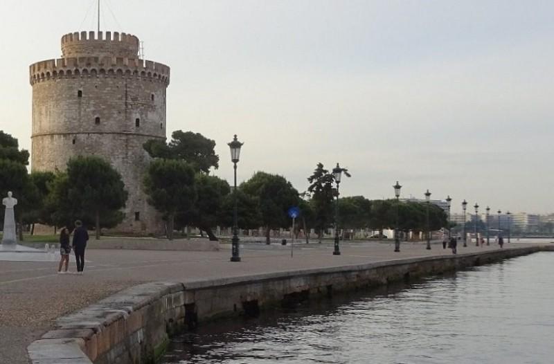Φρίκη στη Θεσσαλονίκη: Νεκρά ποντίκια επιπλέουν στον Θερμαϊκό!