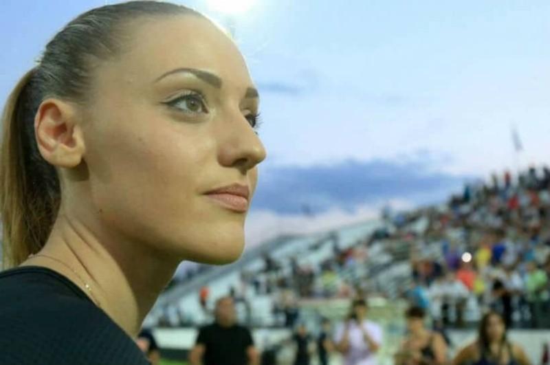 Άννα Κορακάκη: