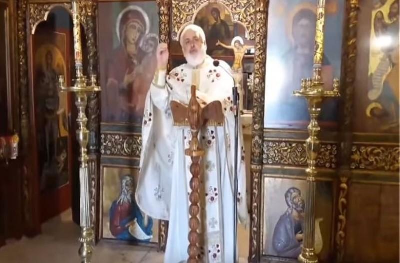 Απίστευτες ύβρεις από τον ιερέα του Αγίου Παντελεήμονα στη Ρόδο για την συμφωνία Ελλάδας - Σκοπίων! (Video)