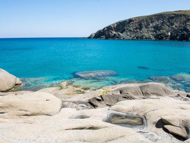 Οι 7 καλύτερες παραλίες στην Τήνο για να απολαύσεις τα μπάνια σου φέτος το καλοκαίρι! (photos)
