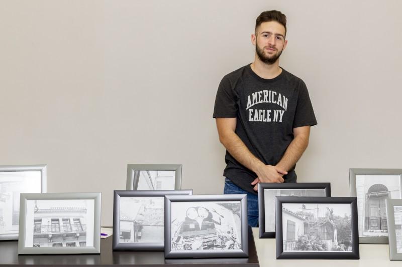 Κριστιάν Δούσης: Συγκίνησε η έκθεση φωτογραφίας του μαθητή για τα παιδιά της «Φλόγας»!