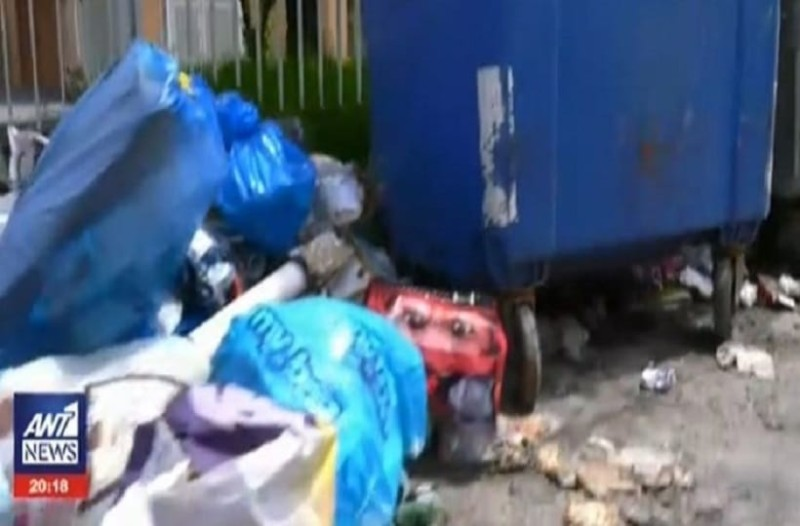 Σήμα κινδύνου: Τα βουνά με τα σκουπίδια απειλούν την τουριστική σεζόν της Κέρκυρας!