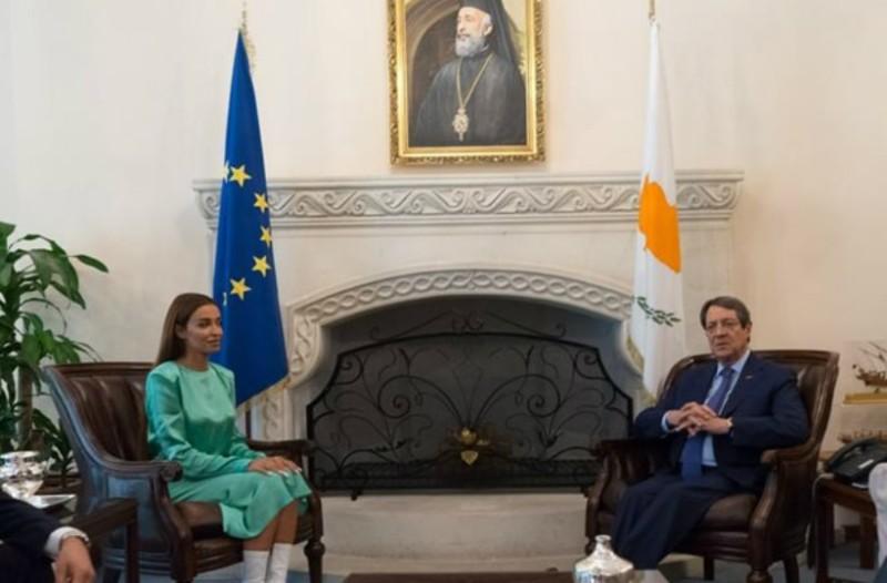 Η Ελένη Φουρέιρα συνάντησε τον πρόεδρο της Κύπρου (Photos)