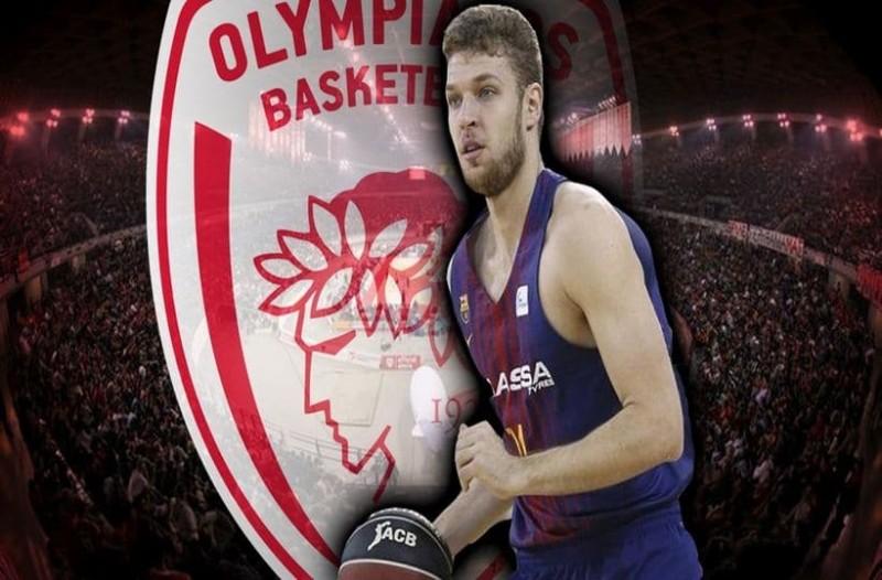 Μια ανάσα από Βεζένκοφ ο Ολυμπιακός!
