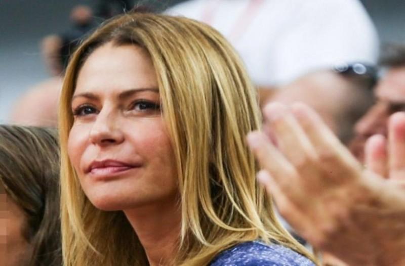 Τράκαρε η Τζένη Μπαλατσινού μαζί με τα παιδιά της!