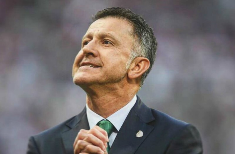 Μουντιάλ 2018: Ο «μερακλής» προπονητής της Εθνικής Μεξικού πήγε στη Ρωσία με σύζυγο και ερωμένη!