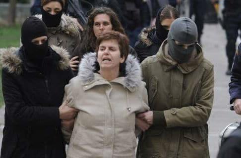 Ισόβια και 25 χρόνια κάθειρξη στη Πόλα Ρούπα για τις δύο βομβιστικές επιθέσεις