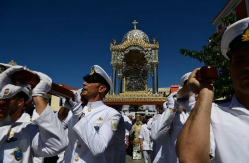Η κορύφωση του Δεκαπενταύγουστου στην Τήνο! (Photos)