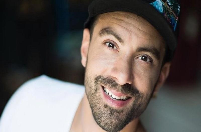 Σάκης Τανιμανίδης: Σε ρόλο μοντέλου με βοηθό τη Ντάρια! - Αυτά τα έχει δει η Χριστίνα Μπόμπα;