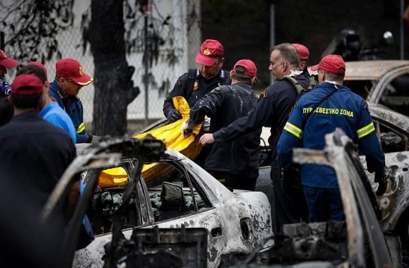 Μαρτυρία σοκ αστυνομικού για την φονική πυρκαγιά: «Δεν λειτουργούσαν οι ασύρματοι την ώρα της τραγωδίας»