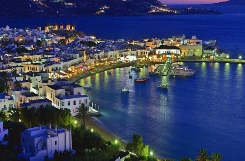 Τα τρία νησιά για ατελείωτο γλέντι στις διακοπές σας!