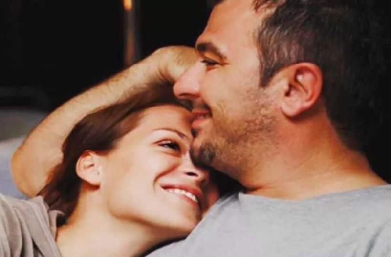 Ραντεβού SIM για τους άντρες δωρεάν