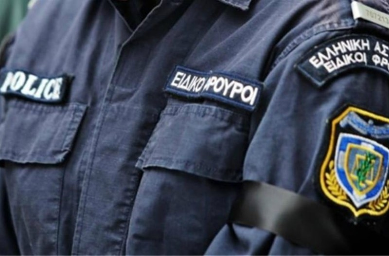 Κρήτη: Ειδικοί φρουροί συνοδεύουν συνεργεία της ΔΕΗ για να κόψουν το ρεύμα στα σπίτια