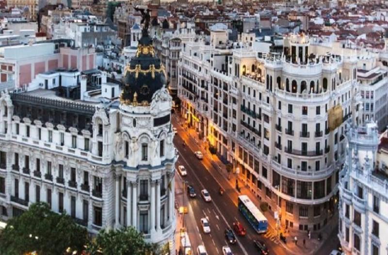 Μοναδική προσφορά: Ταξιδέψτε στη μαγική Μαδρίτη μόνο με 54 ευρώ!