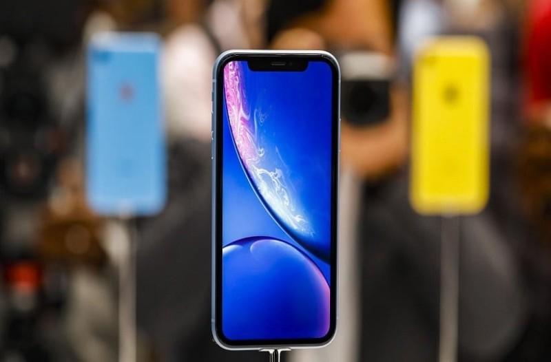 Εσύ το ήξερες; - Τι σημαίνει το «R» στο iPhone XR;