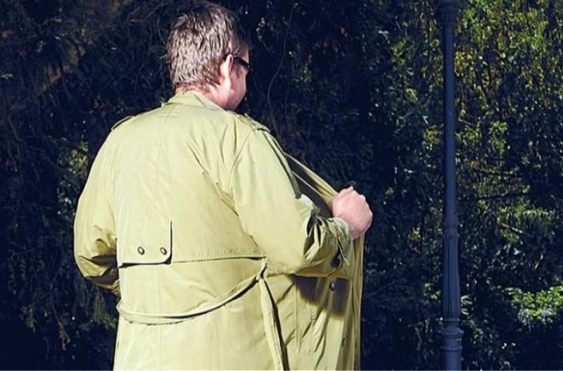 Σοκ στο Αγρίνιο: Αυτοϊκανοποιούνταν στην είσοδο πολυκατοικίας!