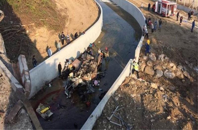 Τραγωδία στην Τουρκία: 15 νεκροί από ανατροπή φορτηγού! - Ανάμεσά τους και παιδιά!