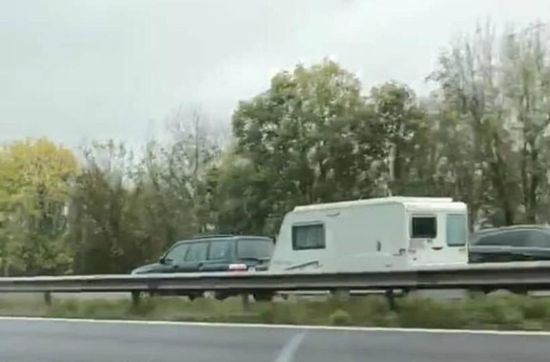 Σοκαριστικό βίντεο: Αυτοκίνητο μπήκε στο αντίθετο ρεύμα και σκόρπισε τον θάνατο