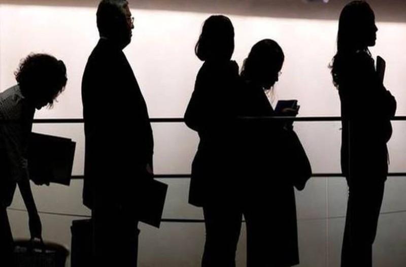 Βόμβα στην αγορά: Απολύσεις σε κορυφαίο ΜΜΕ!