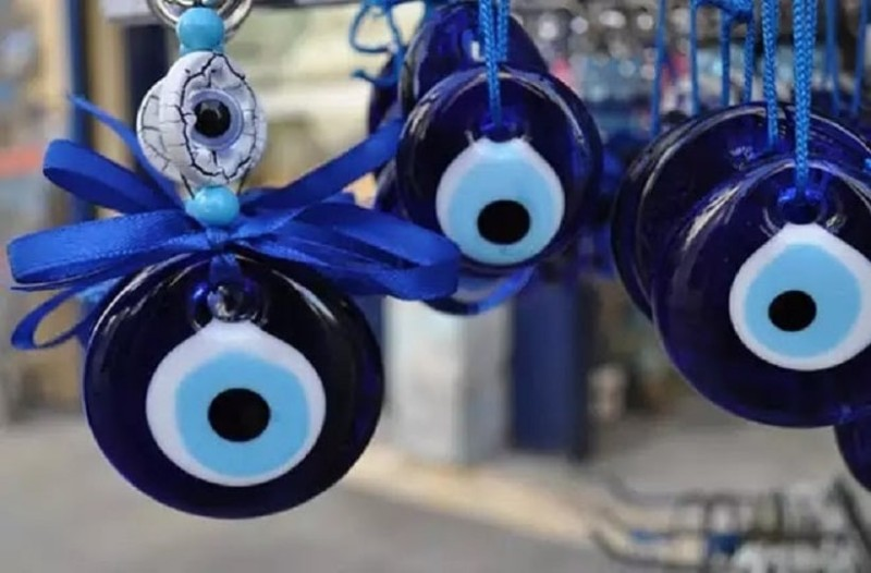 Ζώδια και... κακό μάτι: Πως αντιδρούν όταν είναι ματιασμένα;