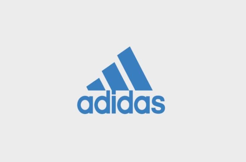 ece4af9943b Οι καταναλωτές μπορούν να επιστρέψουν τα επηρεαζόμενα προϊόντα σε  οποιοδήποτε adidas store ή στα καταστήματα ...