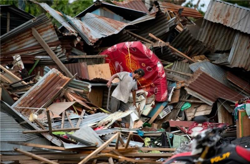 Ινδονησία: Έκκληση για διεθνή βοήθεια μετά την τραγωδία των 832 νεκρών