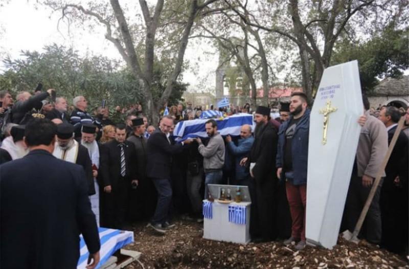 Οργή και πόνος στην κηδεία του Κωνσταντίνου Κατσίφα -