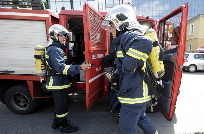 fbee4842fb Συναγερμός στο Ίλιον  Φωτιά ξέσπασε σε περίπτερο! - Ειδήσεις ...