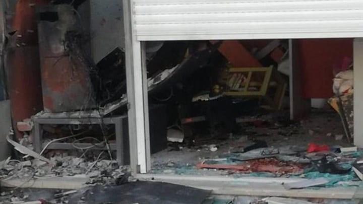 7b4fce849b Συναγερμός στον Άλιμο  Ισχυρή έκρηξη σε ΑΤΜ! - Ειδήσεις - Athens ...