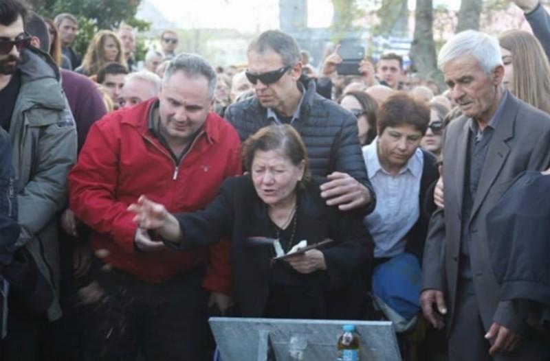 Θρήνος αλλά και αξιοπρέπεια:  Η Βόρεια Ήπειρος αποχαιρέτησε τον Κωνσταντίνο Κατσίφα!