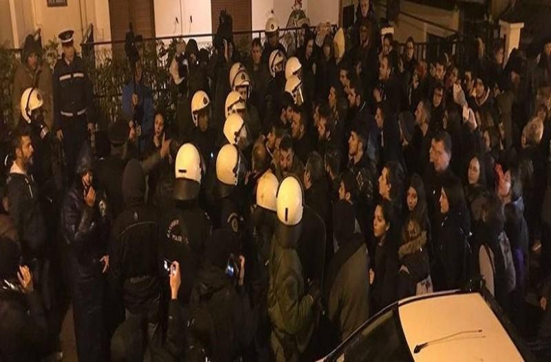 Θεσσαλονίκη: Επεισόδια και χημικά σε εκδήλωση με Γαβρόγλου!