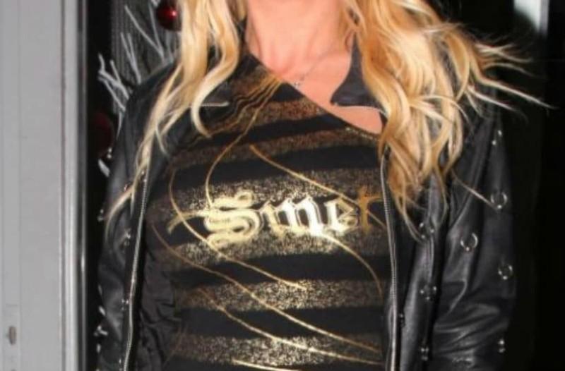 Γνωστή Ελληνίδα τραγουδίστρια έπαιρνε 20.000 ευρώ το μήνα - Τώρα περιμένει στην ουρά για ρύθμιση στη ΔΕΗ (photos)