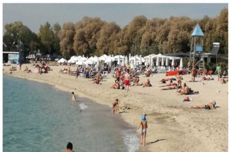 Απίστευτο: Στις παραλίες οι Αθηναίοι, Νοέμβρη μήνα! (photos+video)