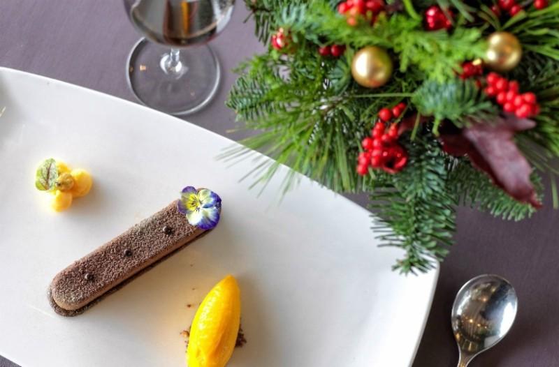 Γιορτινή ατμόσφαιρα και γεύσεις στο Varoulko Seaside