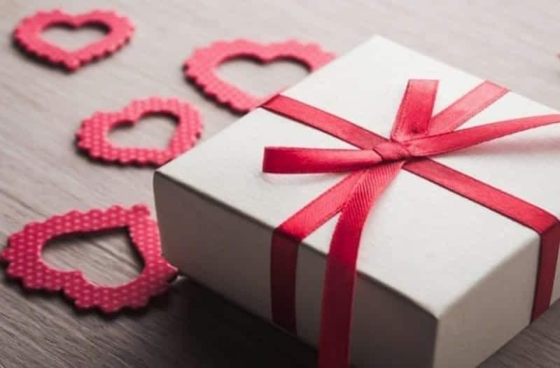 Ποιοι γιορτάζουν σήμερα, Κυριακή 16 Δεκεμβρίου, σύμφωνα με το εορτολόγιο; 4