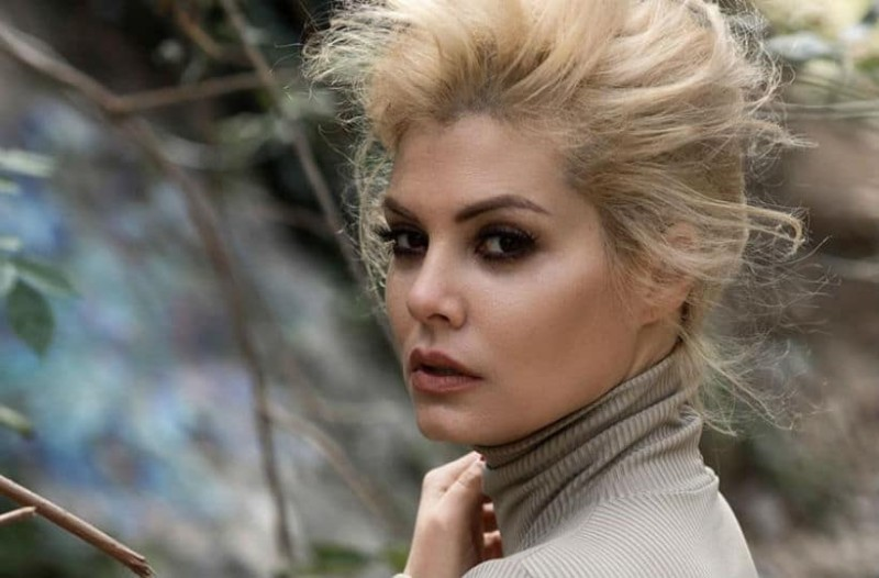 Μαρία Κορινθίου: Οι πρώτες δηλώσεις on camera για την επίθεση που δέχτηκε! (video)