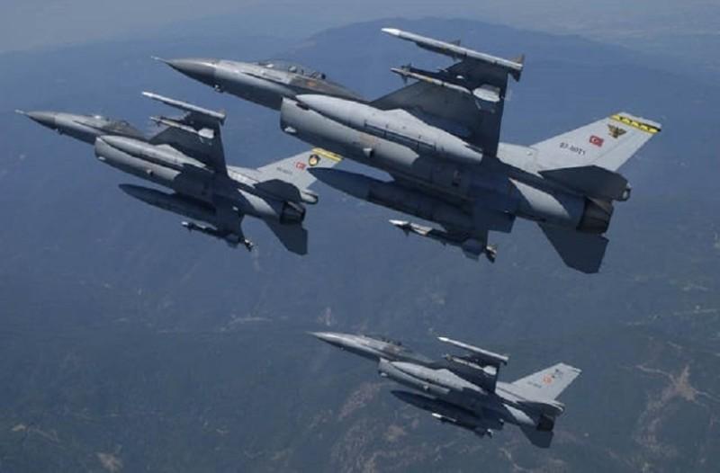 Νέες τουρκικές προκλήσεις στο Αιγαίο! - Η Τουρκία στέλνει όλη μέρα μαχητικά πάνω από τα ελληνικά νησιά!
