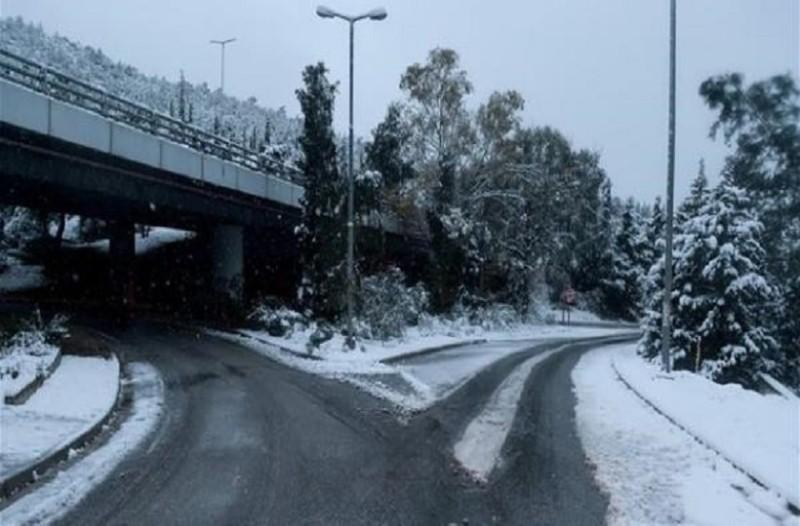 Προσοχή: Διακοπή κυκλοφορίας λόγω χιονόπτωσης!