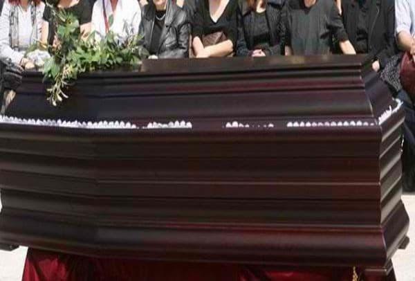 Τραγωδία στην Κρήτη: Το τελευταίο αντίο στον 21χρονο ντελιβερά που σκοτώθηκε σε τροχαίο!