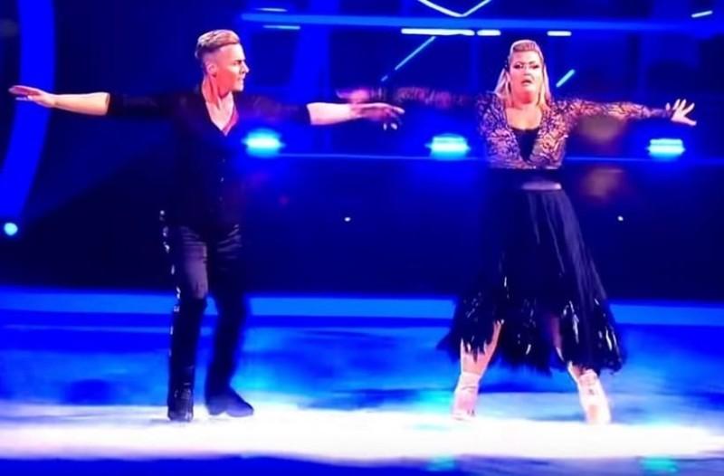 Αυτό πρέπει να πόνεσε λιγάκι: Η απίστευτη τούμπα διαγωνιζόμενης στο Dancing on Ice! (Video)